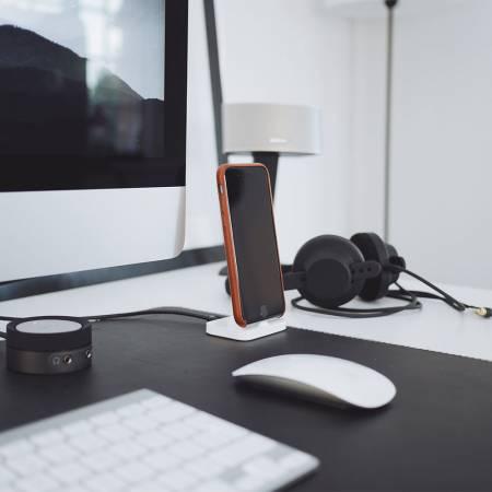 Webcam Cover öffnen am Laptop